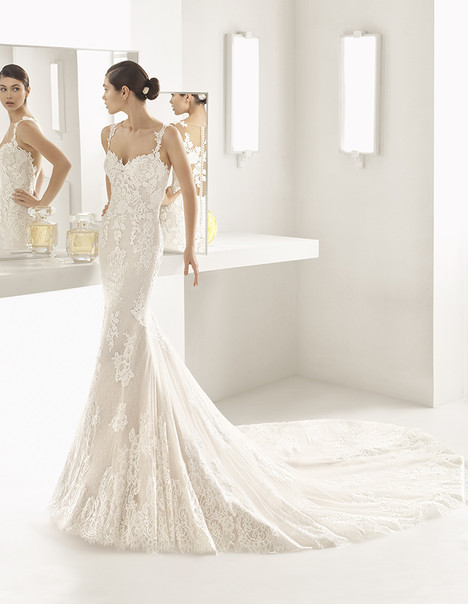 Oboe (1A104) Wedding                                          dress by Rosa Clara
