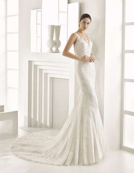 Obsequio (1A105) Wedding                                          dress by Rosa Clara