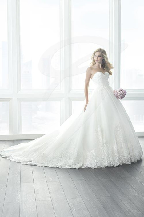 15621 Wedding                                          dress by Christina Wu