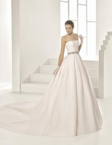 Onil (1A171) Wedding                                          dress by Rosa Clara