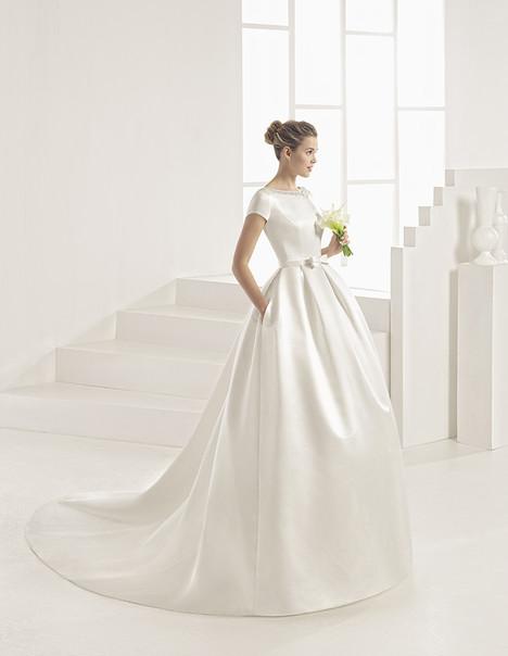 Oporto (1A181) Wedding                                          dress by Rosa Clara
