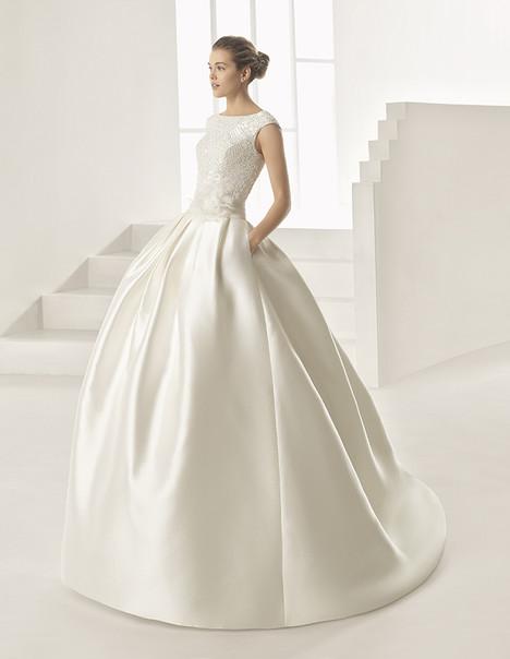 Orel (1A194) Wedding                                          dress by Rosa Clara
