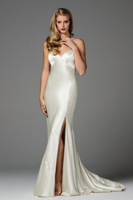 Geneva (2031B) gown from the 2017 Watters Brides collection, as seen on dressfinder.ca