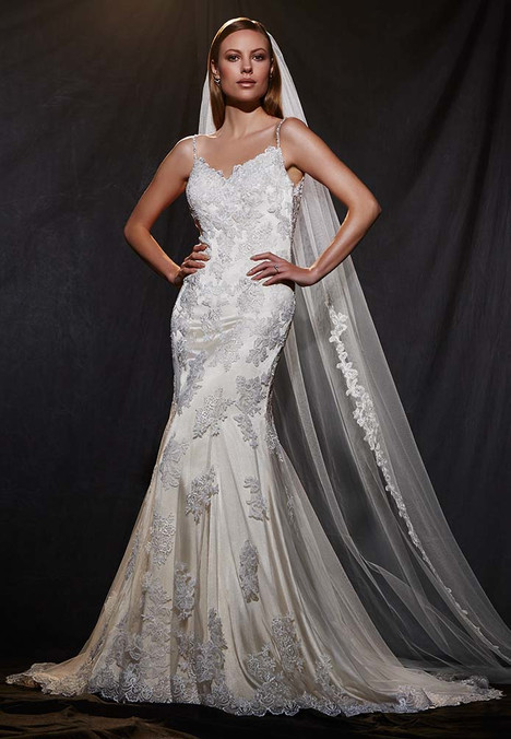 1600 Wedding                                          dress by Madison Collection