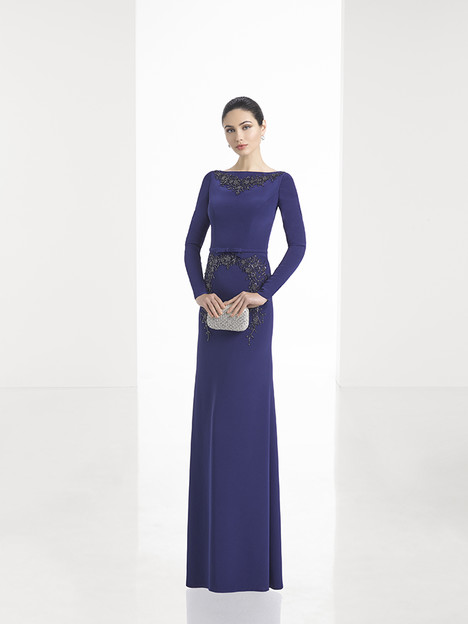 1T166 gown from the 2017 Rosa Clara: Cocktail collection, as seen on dressfinder.ca
