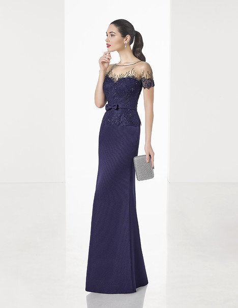 1T1C9 gown from the 2017 Rosa Clara: Cocktail collection, as seen on dressfinder.ca