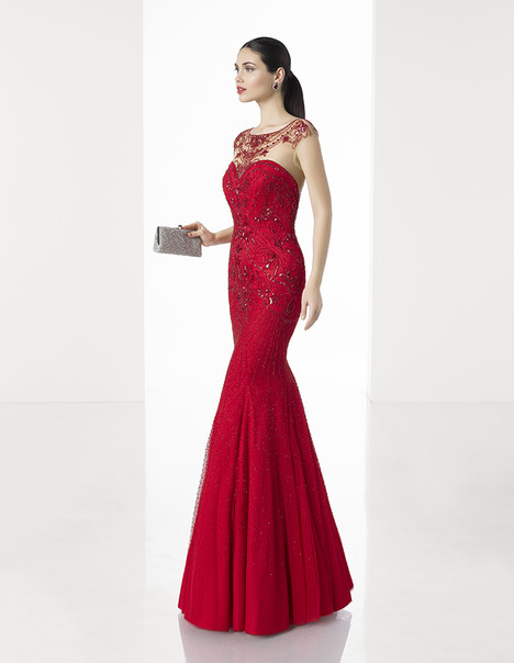 1T224 gown from the 2017 Rosa Clara: Cocktail collection, as seen on dressfinder.ca
