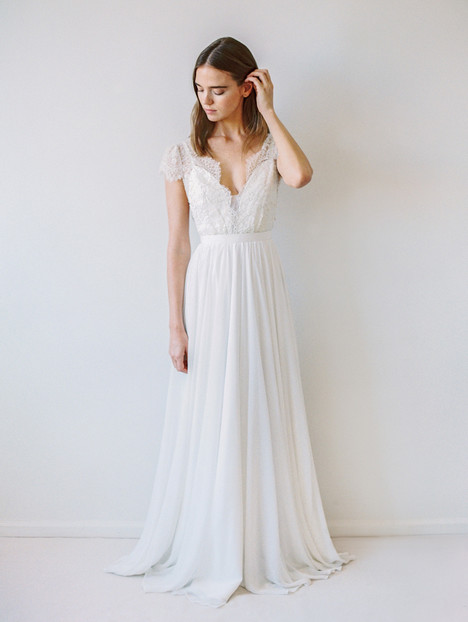 Cambie Wedding                                          dress by Truvelle