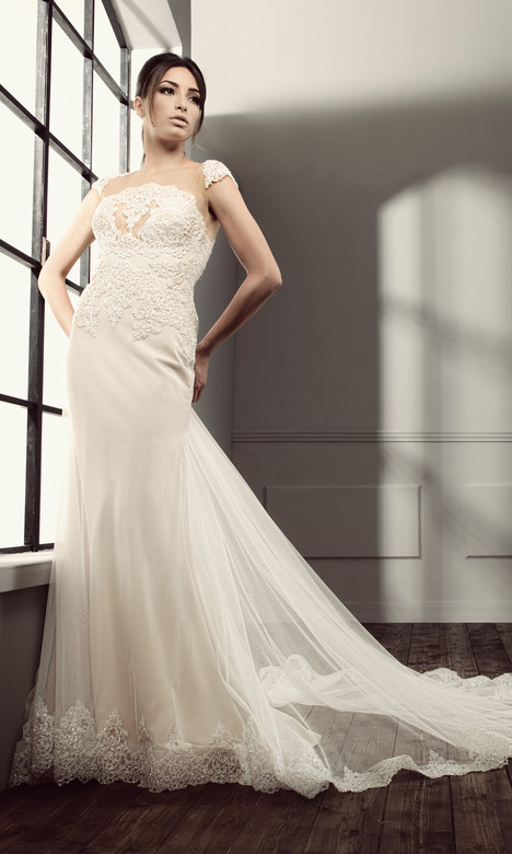 RS 5003 Wedding                                          dress by Regina Schrecker Sposa