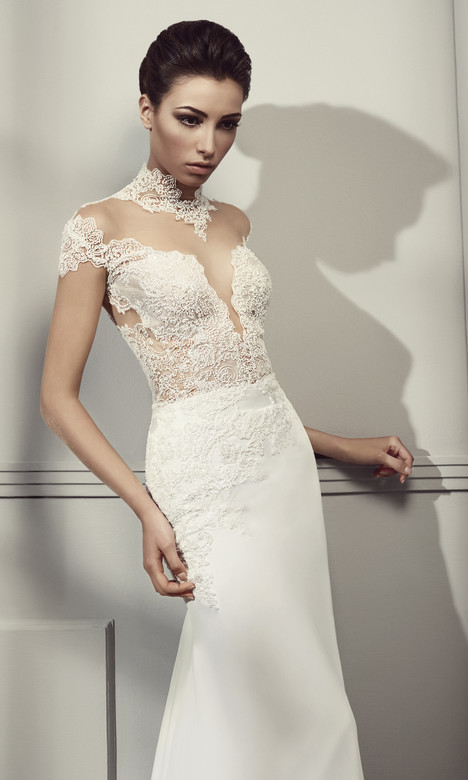 RS 5006 Wedding                                          dress by Regina Schrecker Sposa