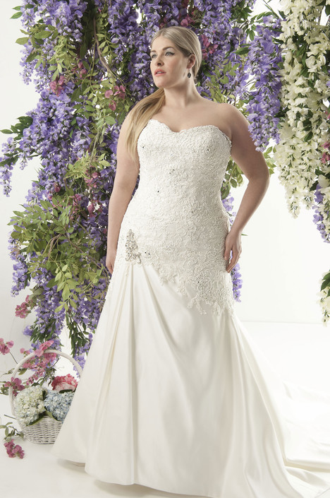 4238 Wedding                                          dress by Callista