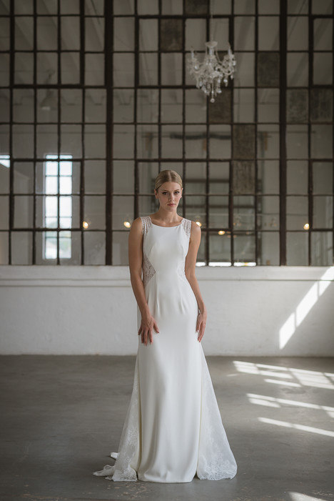 Ivana Wedding                                          dress by Lis Simon