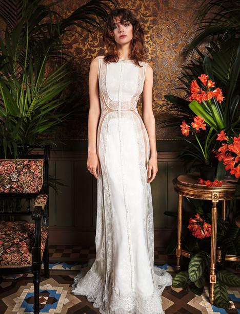 Vetiber Wedding dress by YolanCris