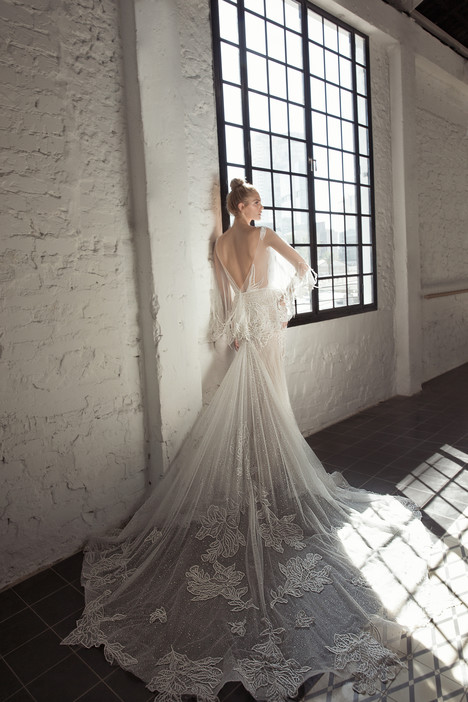 Daria (back) Wedding                                          dress by Lee Petra Grebenau