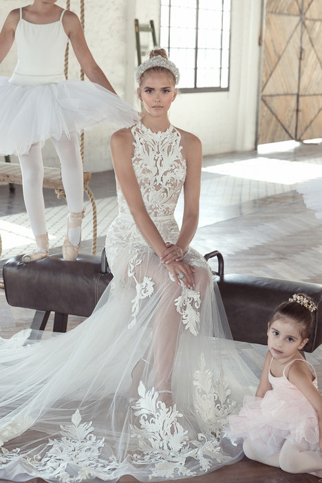Leah Wedding                                          dress by Lee Petra Grebenau