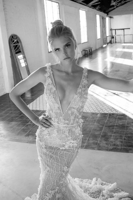 Sansa Wedding                                          dress by Lee Petra Grebenau