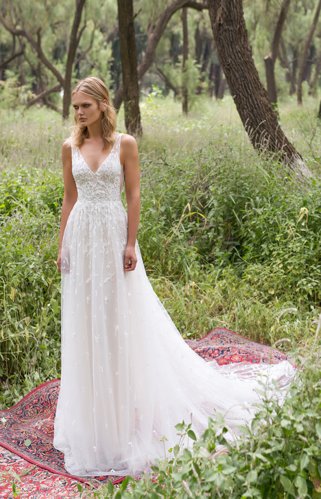 Aria gown from the 2017 Limor Rosen collection, as seen on dressfinder.ca