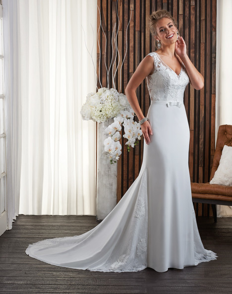 700 Wedding                                          dress by Bonny Bridal