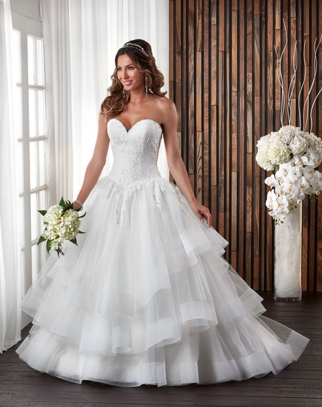 704 Wedding                                          dress by Bonny Bridal