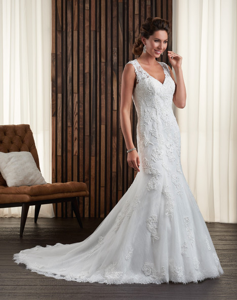 714 Wedding                                          dress by Bonny Bridal