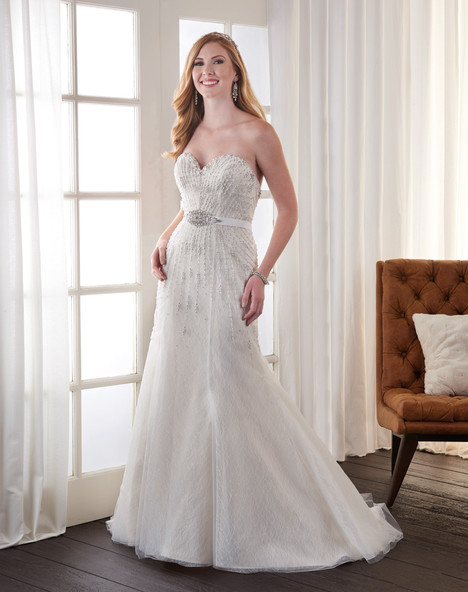 715 Wedding                                          dress by Bonny Bridal