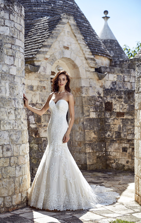 Mirella Wedding                                          dress by Eddy K : Dreams