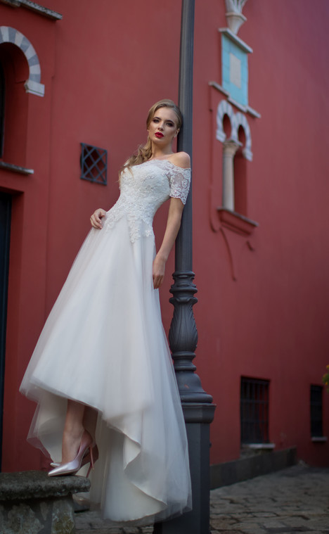 Charlotta (12218) Wedding                                          dress by Victoria Soprano