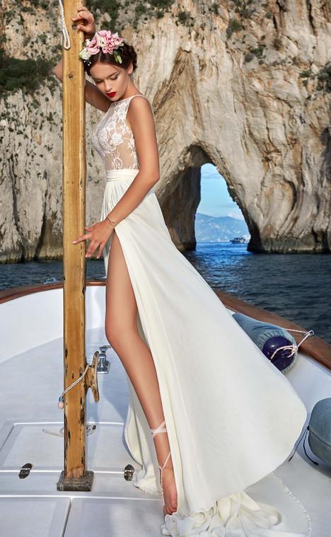 Wedding Dresses in Dominica