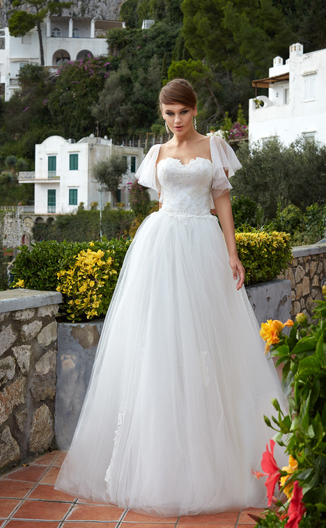 Penelopa (11018) Wedding dress by Victoria Soprano