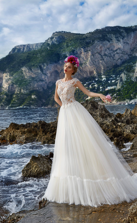 Sofia (12418) gown from the 2017 Victoria Soprano collection, as seen on dressfinder.ca