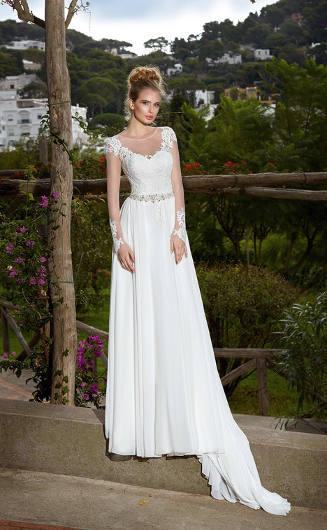 Vanessa (10318) gown from the 2017 Victoria Soprano collection, as seen on dressfinder.ca