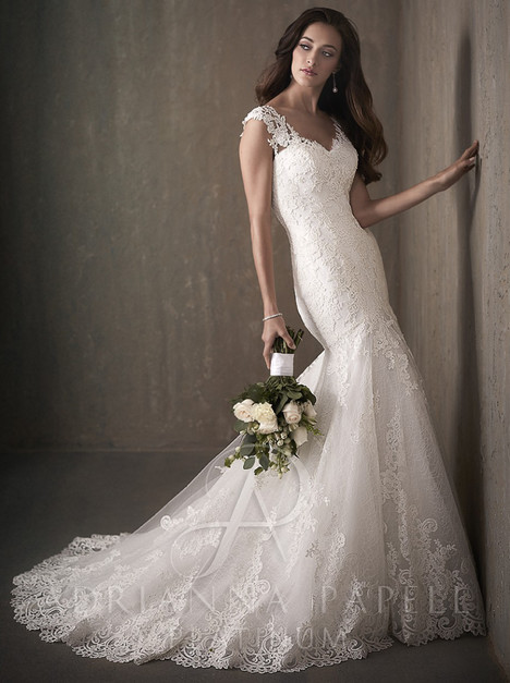 31018 Wedding                                          dress by Adrianna Papell