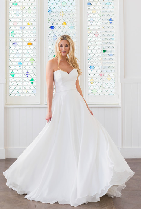 Jaya gown from the 2018 Augusta Jones collection, as seen on dressfinder.ca