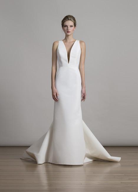 6869 Wedding                                          dress by Liancarlo