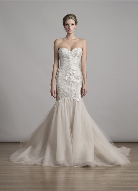 6880 gown from the 2017 Liancarlo collection, as seen on dressfinder.ca
