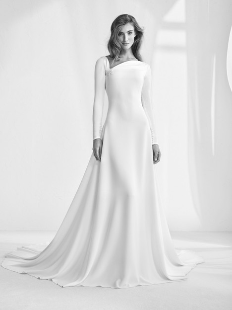 Raigal gown from the 2018 Pronovias Atelier collection, as seen on dressfinder.ca