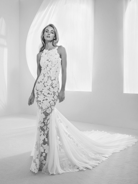 Raisel gown from the 2018 Pronovias Atelier collection, as seen on dressfinder.ca
