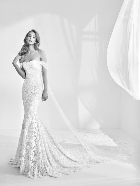 Rani gown from the 2018 Pronovias Atelier collection, as seen on dressfinder.ca
