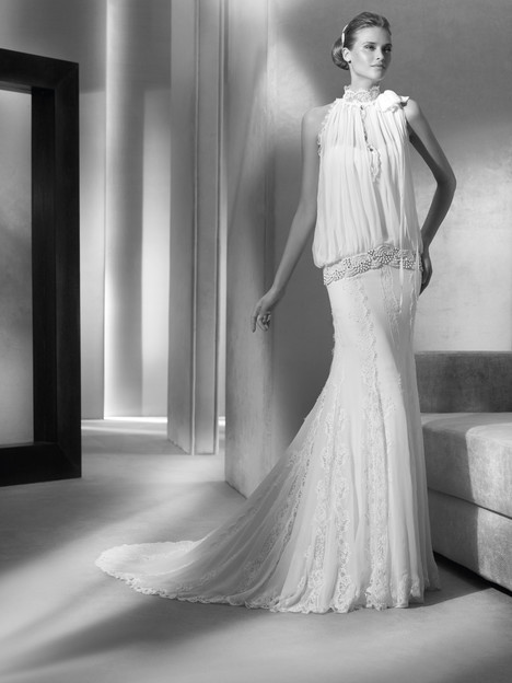 Telma gown from the 2018 Pronovias Atelier collection, as seen on dressfinder.ca