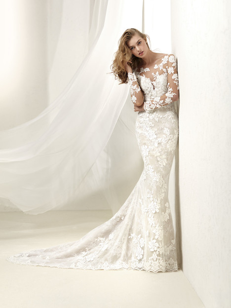 Drafne Wedding                                          dress by Pronovias