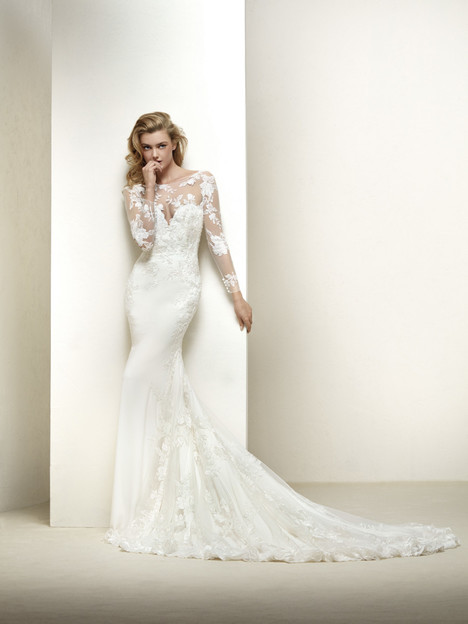 Drakar Wedding                                          dress by Pronovias