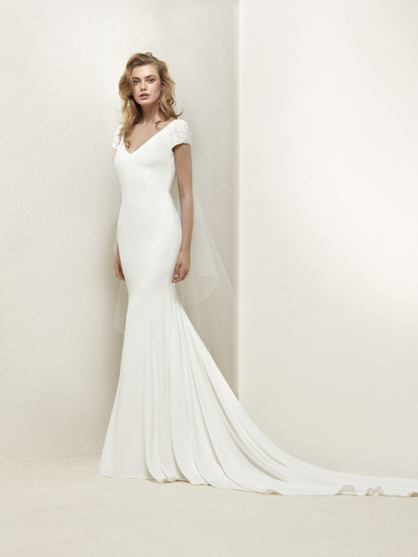 Dralan Wedding                                          dress by Pronovias