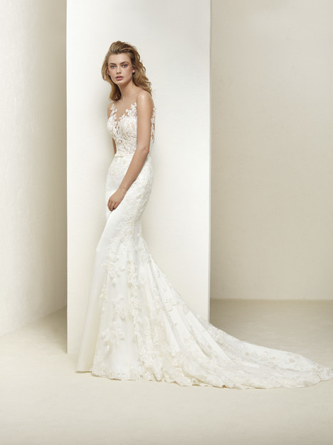 Dralia Wedding                                          dress by Pronovias