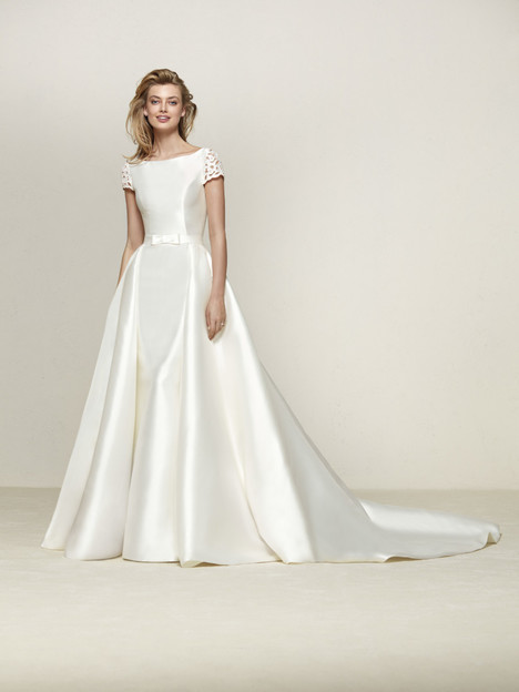 Drasila Wedding                                          dress by Pronovias