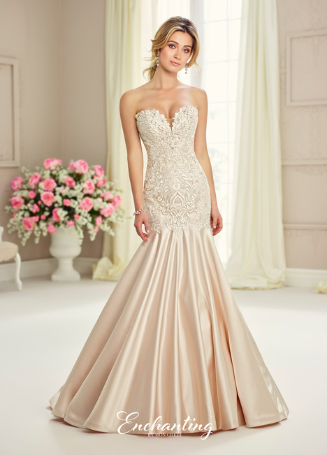 217122 Wedding                                          dress by Enchanting by Mon Cheri