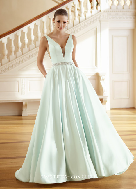 Grace (217215) gown from the 2017 Martin Thornburg for Mon Cheri collection, as seen on dressfinder.ca