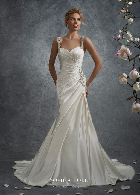 Y21738 Wedding                                          dress by Sophia Tolli