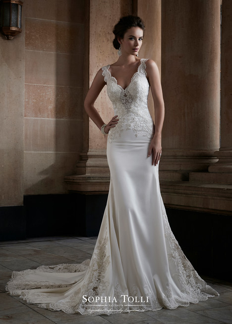 Adhara (Y21749) Wedding                                          dress by Sophia Tolli