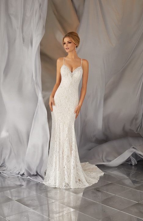 6868 Wedding                                          dress by Mori Lee: Voyage