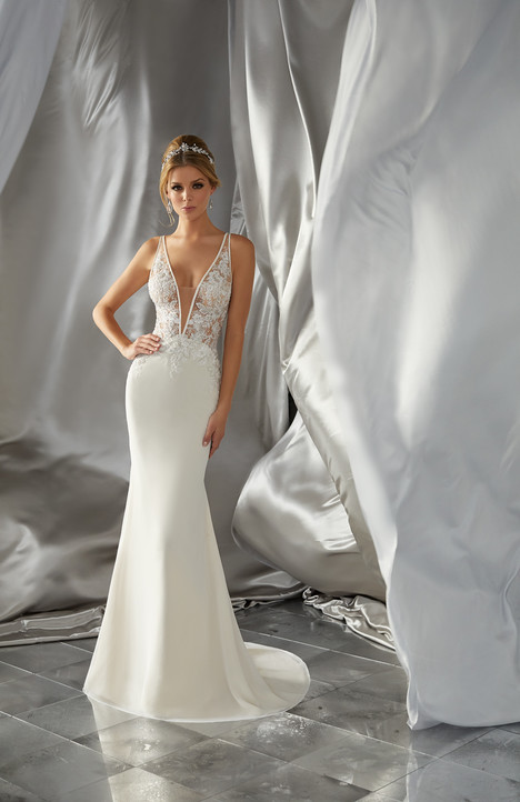 6870 Wedding                                          dress by Mori Lee: Voyage